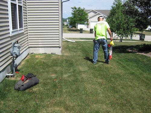 vannguard employee marking before digging 500w